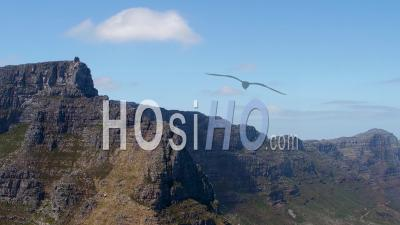 Table Mountain, Cape Town Filmed By Helicopter