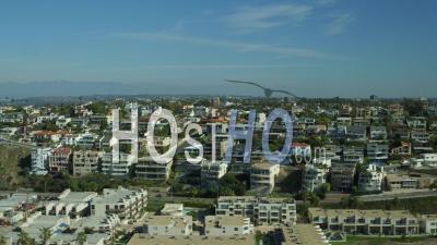 Vue Aérienne De Los Angeles Flyinglos Angeles En Californie Sur La Plage De Dockweiler - Vidéo Drone