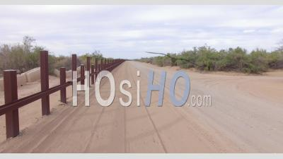 Drone Video Yuma County Arizona Us Mexico Border Steel Fencing - Video Drone Footage