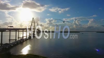 4k Aerial Epic Cinematic D'arthur Ravenel Jr. Bridge Charleston Sc - Vidéo Drone