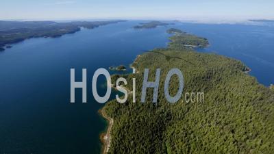 Île Tzartus Barkley Sound, Côte Ouest De L'île De Vancouver (c.-B.)