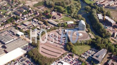 Centre Spatial National De Leicester Filmé Par Cessna