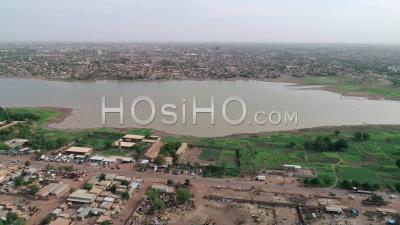 Plantations Près Du Barrage De Ouagadougou, Vidéo Drone