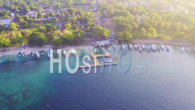 Port Et Jetée De Ile De Gili Air - Vidéo Drone