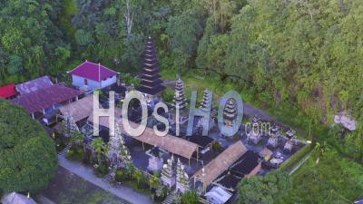 Pura Hulundanu Batur Songan - Vidéo Drone