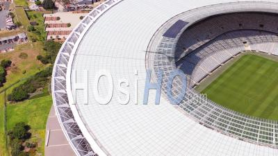 Aerial View Of The City Of Cape Town South Africa With Capetown Stadium In Distance - Vu Par Drone