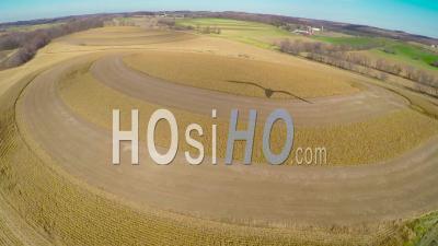 Vue Aérienne Sur Les Cercles De Culture Drumlin Dans Le Wisconsin Rural - Vidéo Drone