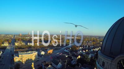 Vue Aérienne Sur La Basilique De St Josaphat à Milwaukee, Wisconsin - Vidéo Drone