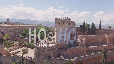 Vue Aérienne De Grenade Espagne Forteresse Village Et Ville - Vidéo Drone