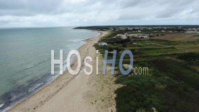 Beach La Basse Benaie - Sainte-Marie-De-Re - Video Drone Footage