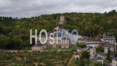 La Roche-Guyon, Village And Castel - Video Drone Footage
