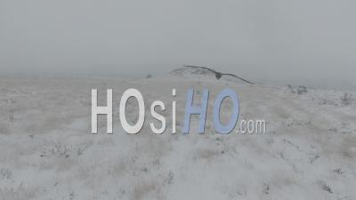 Neige En Bretagne Dans Les Monts D'arrée - Vidéo Drone