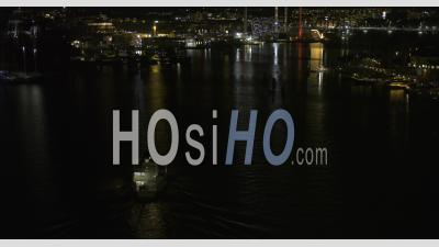 Ville De Stockholm Au Cours D'une Nuit D'hiver, Suède - Vidéo Aérienne Par Drone