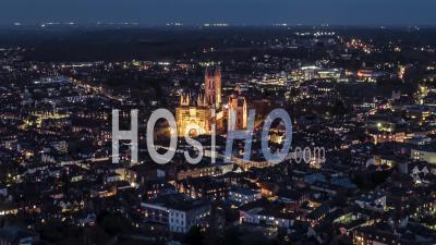 Canterbury Historique, Kent, Royaume-Uni, Site Du Patrimoine Mondial De L'unesco De Nuit - Vidéo Drone