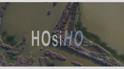 Atmosphère Calme à Frontignan, Filmée Par Drone En Hiver