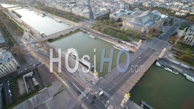 Pont Alexandre 3 Bridge, During Paris Lockdown 03/2020 - Video Drone Footage