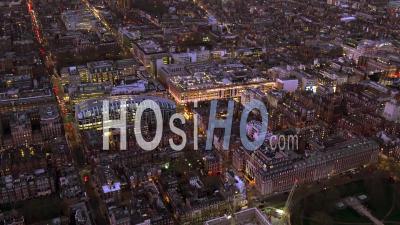 Oxford Street, Mayfair Et Selfridges La Nuit, Londres Filmé Par Hélicoptère