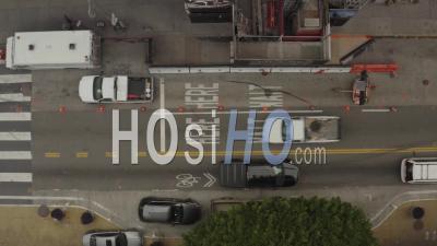 2020 - Vue Aérienne Descendante Des Rues Abandonnées Vides De Los Angeles Pendant L'épidémie D'épidémie De Virus Corona - Vidéo Par Drone