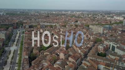 Ville De Toulouse, Downtown And Jean Jaures Area View From The Marengo Bonnefoy Area -  Vidéo Par Drone