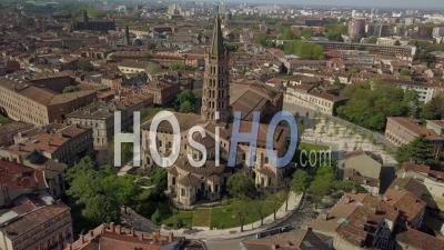 Toulouse Aerial Videos, photos by drone and timelapses of Toulouse from Above
