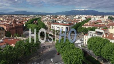 Boulevard Clemenceau In Perpignan During Covid-19 - Video Drone Footage