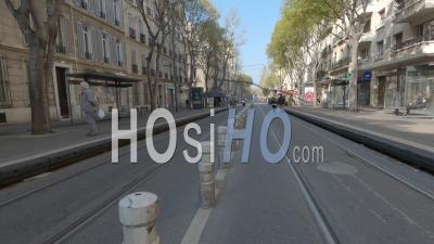 Marseille Au 13e Jour Du Confinement Du Au Covid-19, France - Hyperlapse Video Au Sol