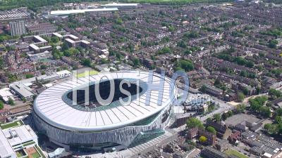 Tottenham Hotspur Football Stadium, Tottenham, Pendant Le Confinement Du Au Covid-19, Londres Filmé Par Hélicoptère