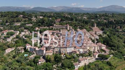 Images Aériennes De Fayence, Village Provençal, Var, Vu Par Drone