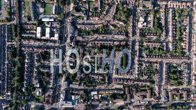 Vue Aérienne Verticale Du Stade De Football De Tottenham Hotspur, Tottenham, Londres Filmé Par Hélicoptère