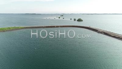 Jetée Du Lac Du Der Chantecoq - Vidéo Aérienne Par Drone