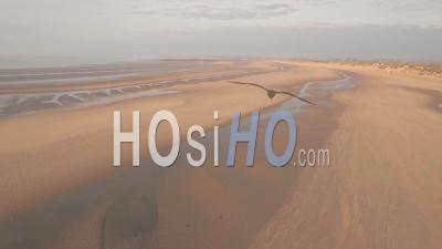 Camber Sands Beach Au Coucher Du Soleil, East Sussex, Angleterre. Prise De Vue Drone