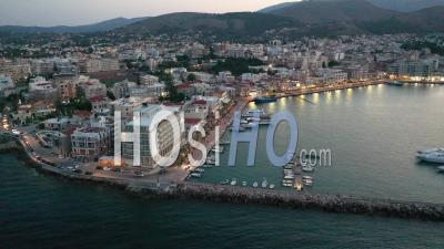 Port De Chios Au Crépuscule - Vidéo Filmée Par Drone