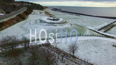 Cairn Laith Broch Scottish Highlands Sutherland Ecosse, Royaume-Uni - Video Drone Footage