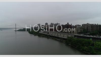 New York Par Temps Couvert. - Vidéo Par Drone
