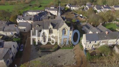 Béhuard, Son Calvaire Et La Chapelle Notre Dame De Béhuard - Vidéo Drone