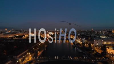Vue Aérienne Par Drone Au Coucher Du Soleil Du Pont De La Seine Paris City Lights Au Cours De L'automne 25