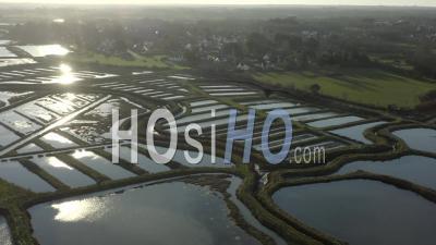 Marais Du Mes, Pointe De Merquel Mesquer Loire Atlantique - Video Drone Footage