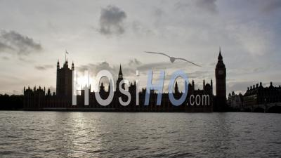 Day To Night Timelapse Of Big Ben And The Houses Of Parliament