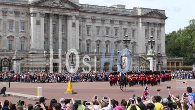 Changing The Guard Buckingham Palace London