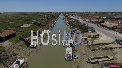 A La Tremblade, La Grève Et L'estuaire De La Seudre - Vidéo Drone