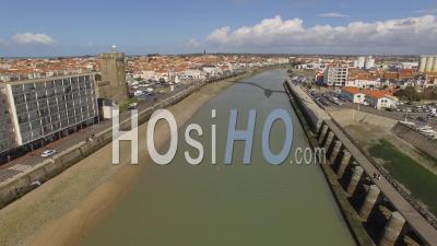 Accès Aux Ports Des Sables D'olonne Vidéo Drone
