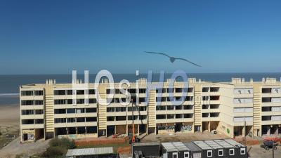 Réchauffement Climatique à Soulac Sur Mer, Immeuble évacué Après La Montée Des Eaux - Vidéo Par Drone