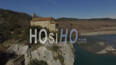 Chapelle Ste Madeleine Vidéo Drone
