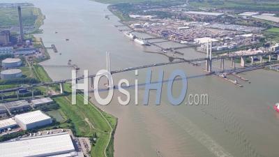 Qe2 Bridge, Dartford, Vu D'un Hélicoptère