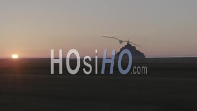 Misty Mont-Saint-Michel, Au Coucher Du Soleil Vidéo Drone