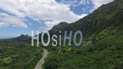 Koolau Mountains, Hawaii - Drone Point Of View