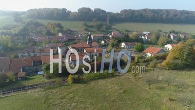 Village Of Blercourt Voir Par Drone - Vidéo Drone