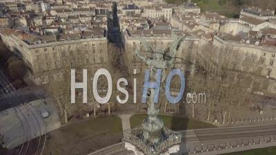 Vue Aérienne De Bordeaux Et De La Garonne - Vidéo Drone, France - Vidéo Drone